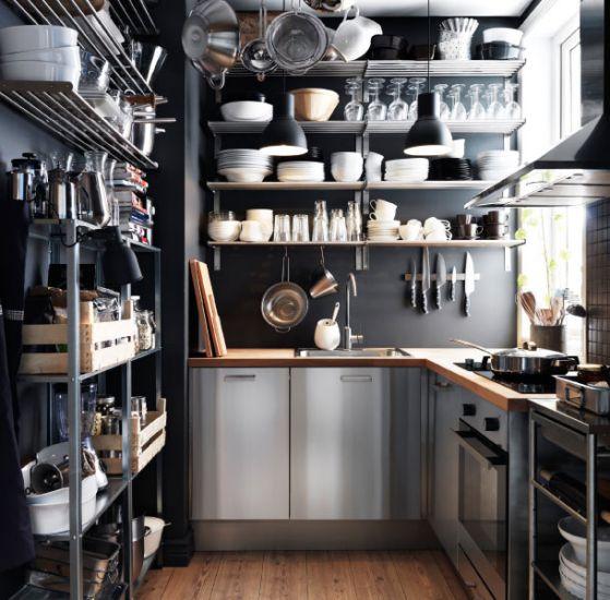 cocina pequeña de metalica