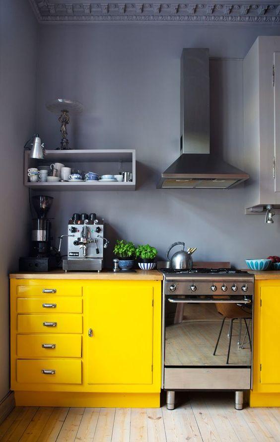 Muebles de cocina dise os modernos de madera colgantes - Disenos de cocinas de madera ...