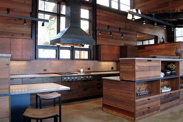 cocina lujosa hecha de madera