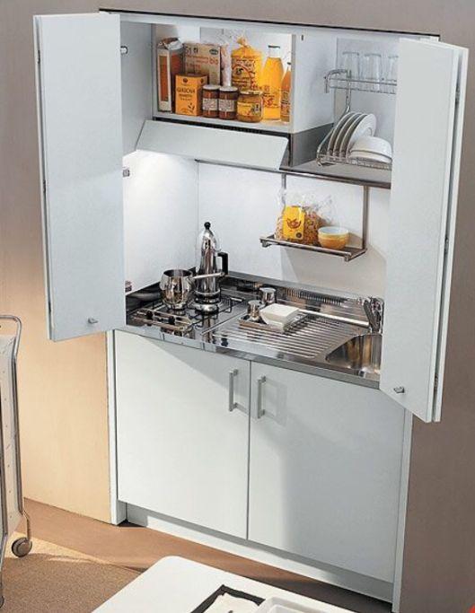 Cocinas empotradas grandes peque as modernas y sencillas 2018 - Televisor para cocina ...