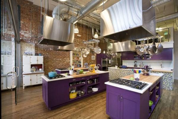 cocinas industriales modernas con nuevos colores