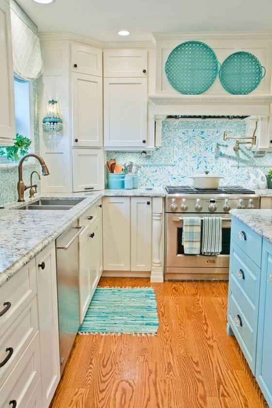 cocina decorada con tonos azules