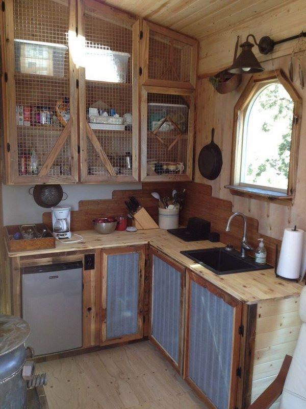 cocina elaborada a mano con estilo rustico