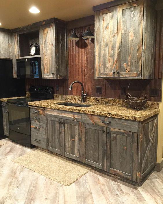 Cocinas r sticas de madera piedra ladrillo y dise os for Muebles de cocina tipo isla