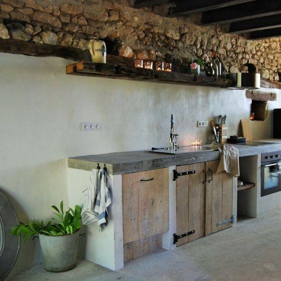 Cocinas r sticas de madera piedra ladrillo y dise os for Cocinas integrales de concreto pequenas