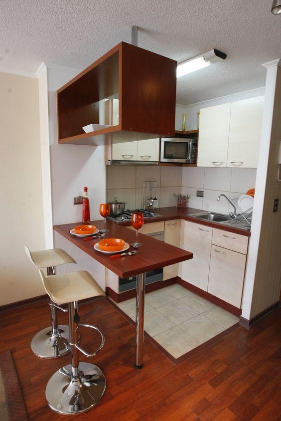 Cocinas de madera dise os r sticos modernos y peque as for Disenos de muebles de cocina pequenas