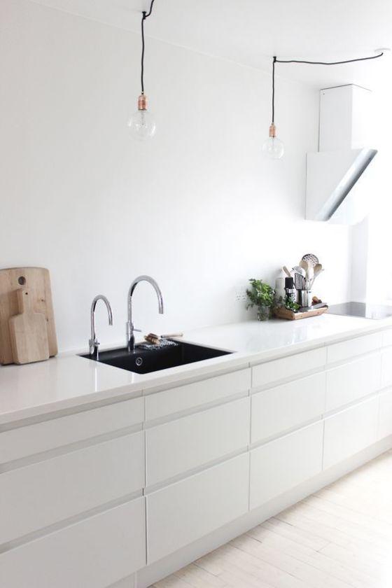 Luces para cocinas la luz puntual vendr de arriba de - Luces para muebles de cocina ...