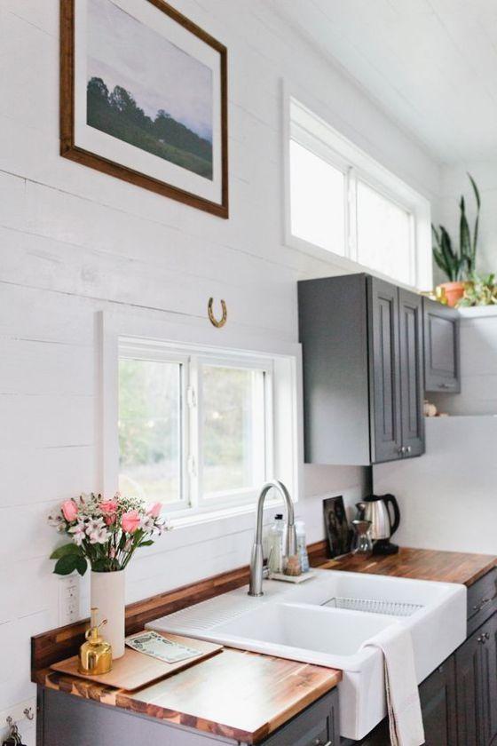 pequeña cocina de madera