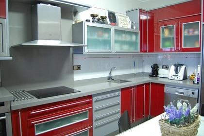 Cocina Grises Rojas